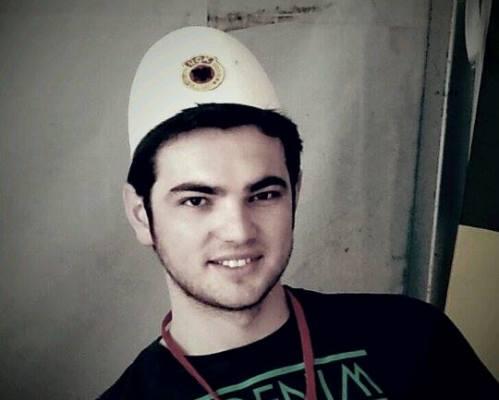 Intervistë me Flamur Kasamin | Studenti i cili përfaqësoi Kosovën në lexim-këndimin e Kur'anit në Iran