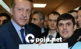 Intervistë me Halim Mejzini i cili ja dhuroi Taip Erdoganit portretin e tij
