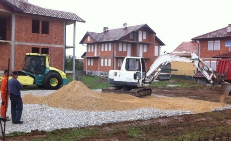 Filloi ndërtimi i shtëpisë për familjen nga Dragashi (Foto)