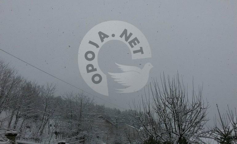 Filluan reshjet e para te borës në Opojë dhe Kosovë
