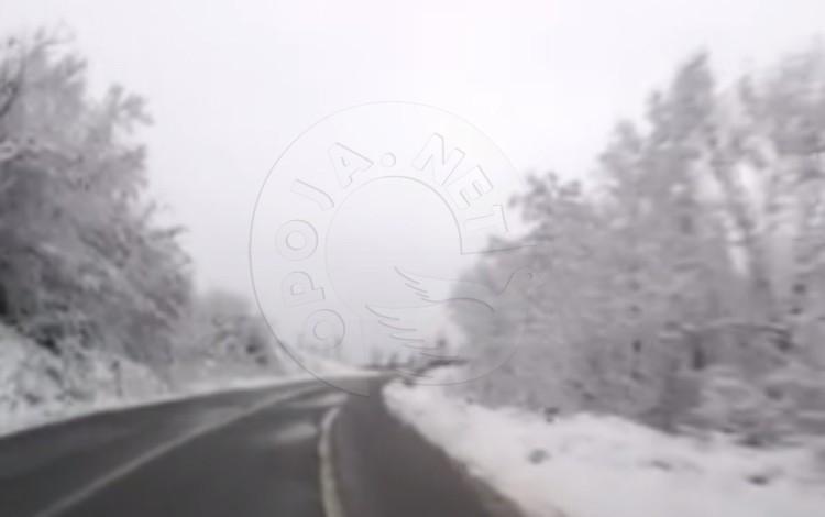 Kablloja optike le të dëmtuar rrugën Dragash – Prizren (Video)