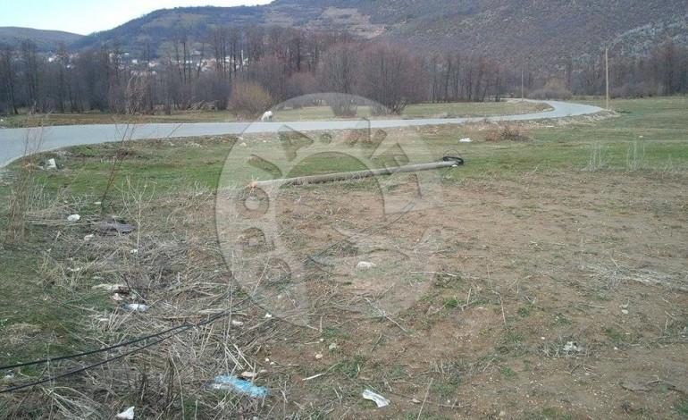 Një muaj nga rrëzimi i shtyllës kabllore në fshatin Bresanë