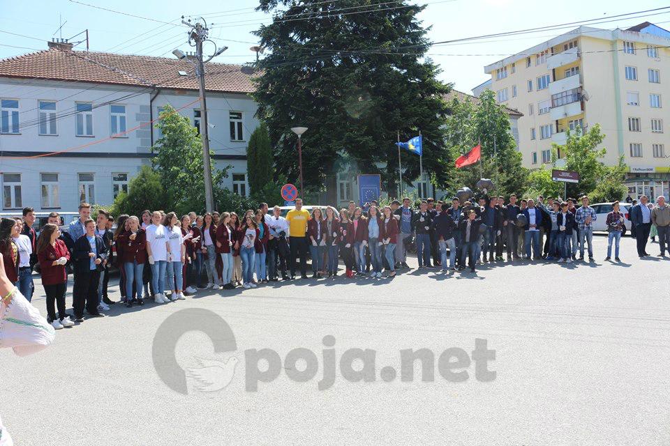 """Të gjithë aktivistët """"Ta Pastrojmë Dragashin"""""""