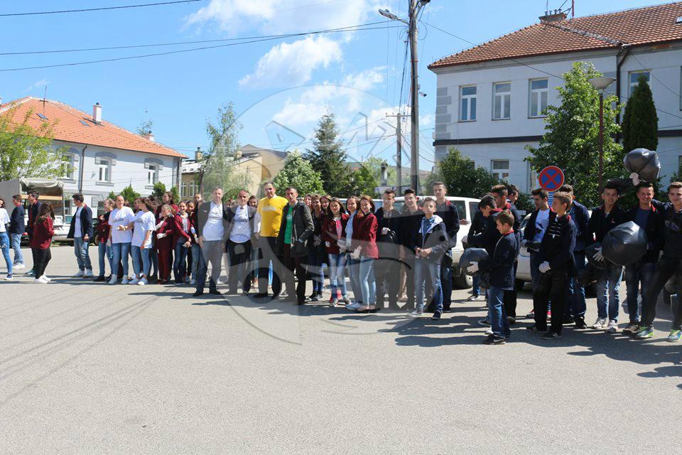 """Aksioni """"Ta pastrojmë Kosovën"""" sot në Dragash"""