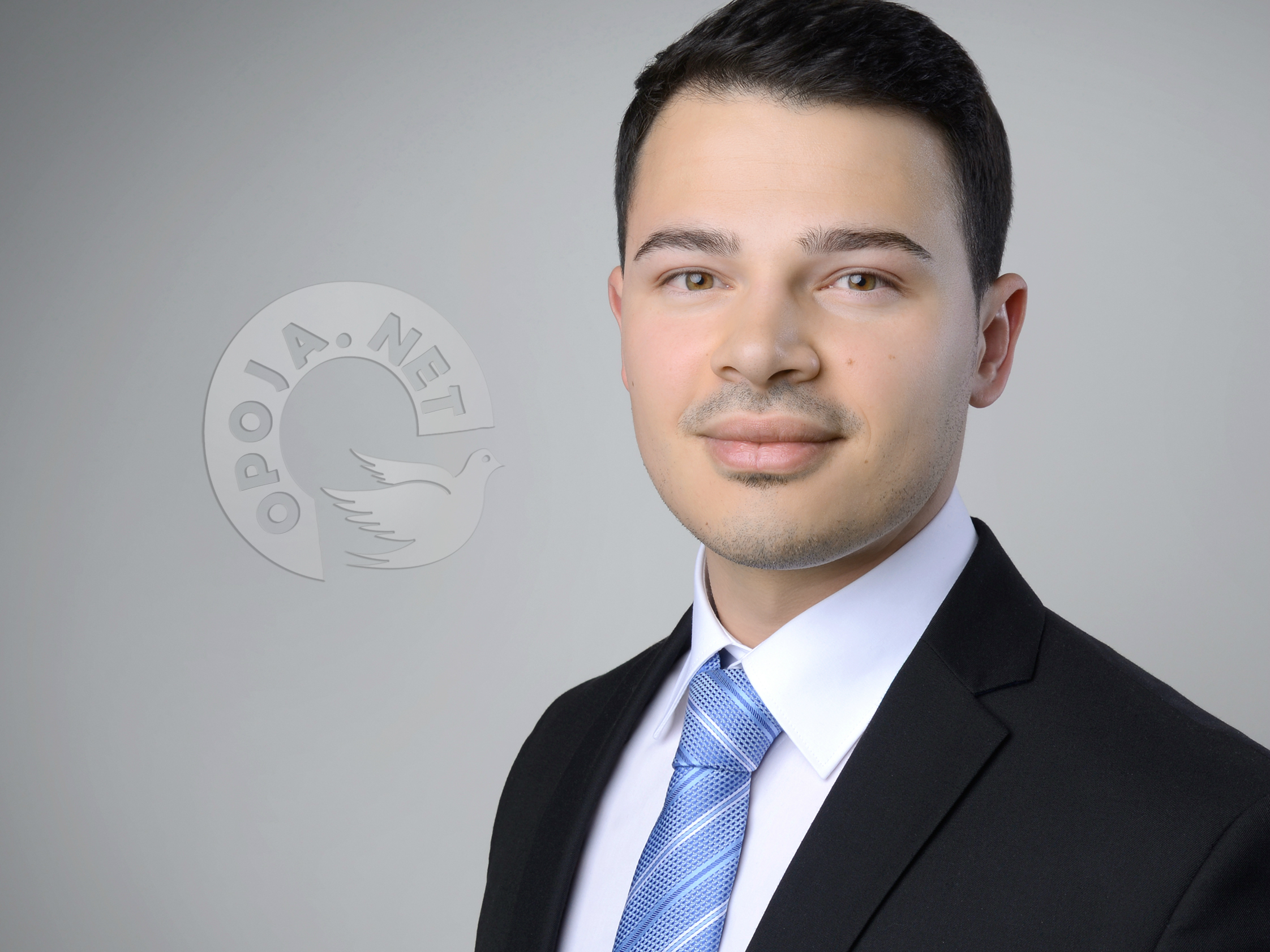 Opojani Shkëlqim Qengaj arrinë suksese në kompanitë botërore për marketing