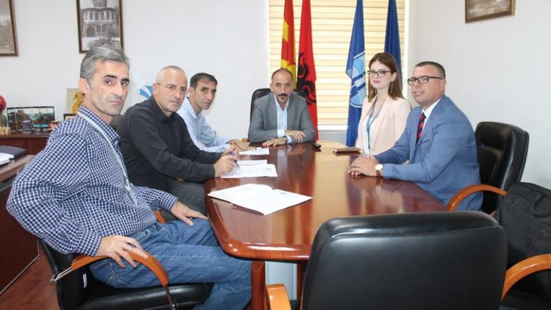 Takim biznesor për bashkëpunim në mes të komunave të Dragashit, Shtërpcës dhe Gostivarit