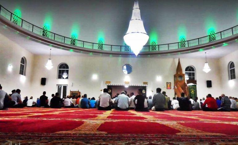 Edukata e besimtarit në xhami