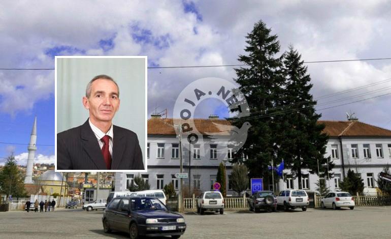 Drejtori komunal i Arsimit në Dragash i dënuar por ende në zyrë