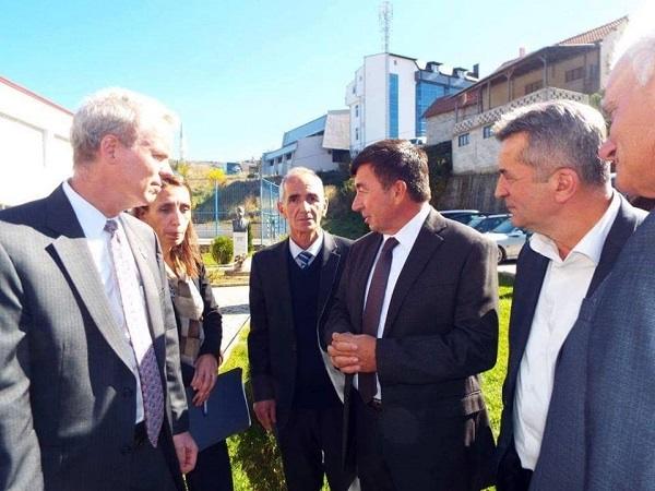 Çka e pyti Selim Kryeziu ambasadorin Delawie dhe ministrin Bajrami pas vizitës në Dragash ?