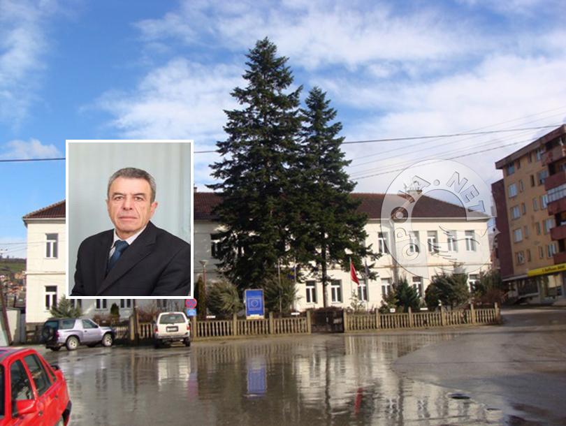 Tafil Krasniqi, ushtrues detyre në Drejtorin e Arsimit në Dragash