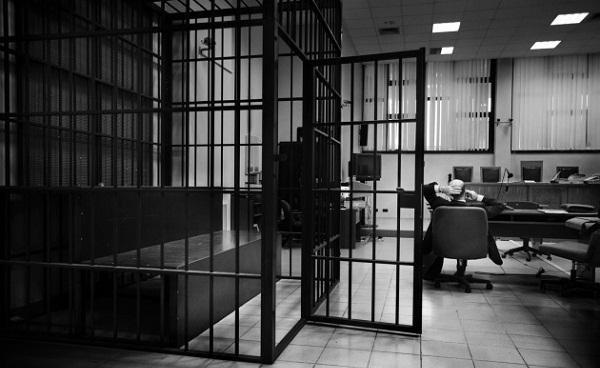 Presidenti Thaçi ia fal dy vite dënim të burgosurit nga Dragashi