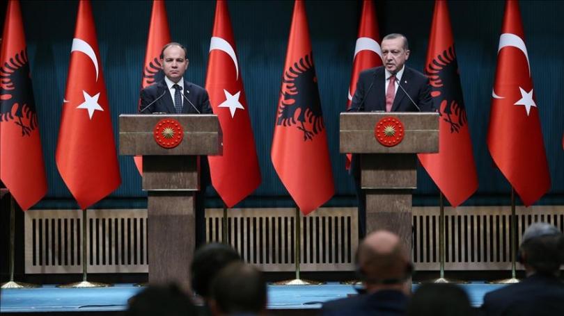 Erdogan: Jam rritur në duart e një nëne shqiptare