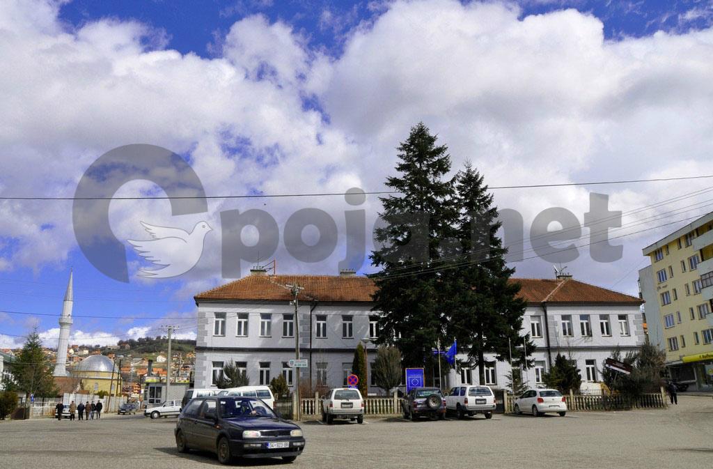 Pas një aksioni të inspektoratit, nga e shtuna në Dragash gjatë orës policore mbyllen edhe marketet