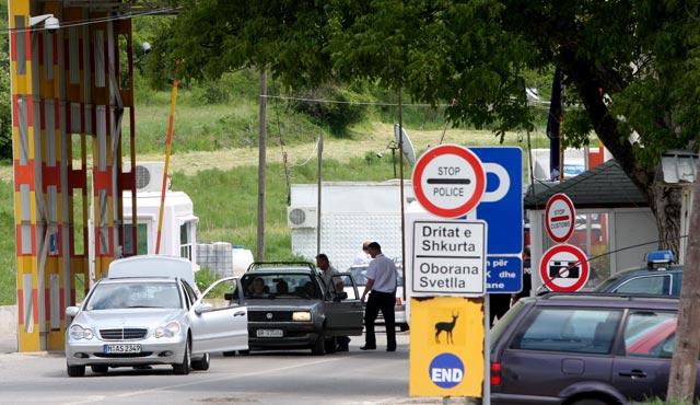 Mërgimtari gjobitet 1150 euro në Serbi