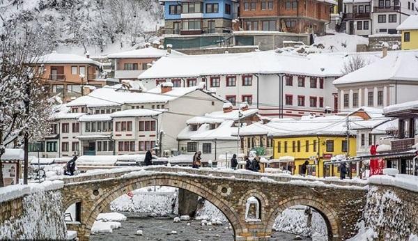 Ministri tregon faktorët që ndikuan në shtrirjen e Ministrisë së Kulturës në Prizren