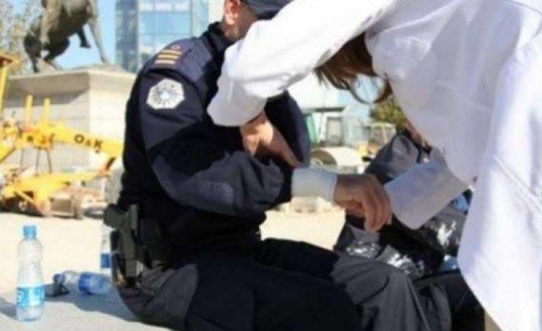 Sulmohen policët në Prizren