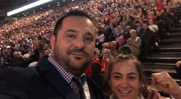 Kuka falënderon tifozët shqiptarë