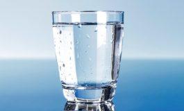 Sa gota ujë duhet t'i pini gjatë ditës