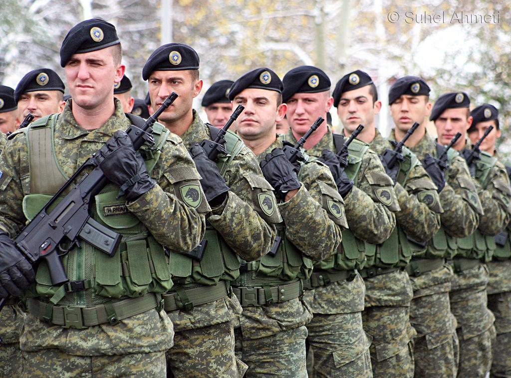 Shkeljet e ministrisë për bukën e ushtarëve të FSK-së