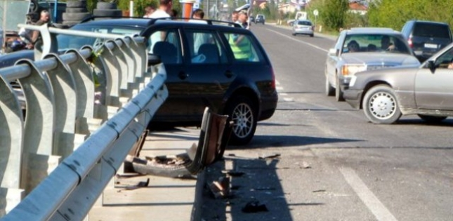 46 aksidente trafiku të hënën