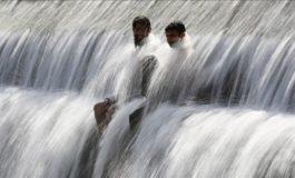 Në Pakistan regjistrohet temperatura rekord: 53,5 gradë