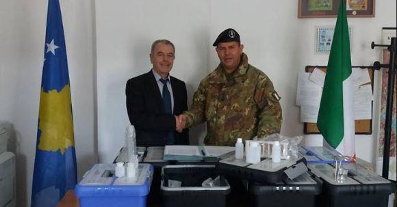 KFOR-i Italian ndihmon shkollat e Komunës së Dragashit