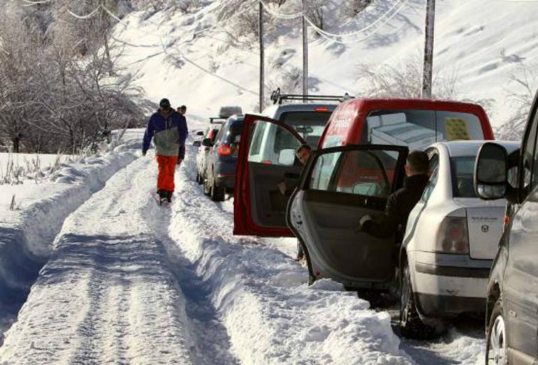 Turizmi, kritikohen institucionet lokale të komunës së Dragashit