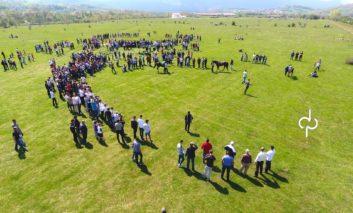 Opojë, organizohet garë me kuaj (Video)