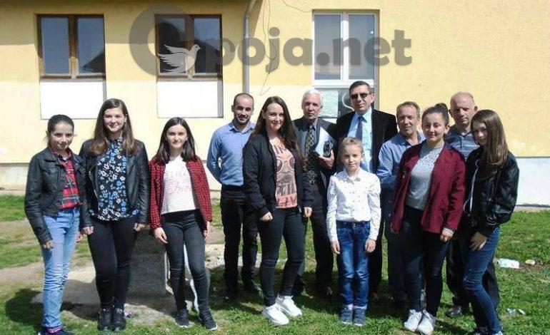 """Klubi Letrar """"Luigj Gurakuqi"""" themeloi Seksionin e Letrarëve të Rinj"""
