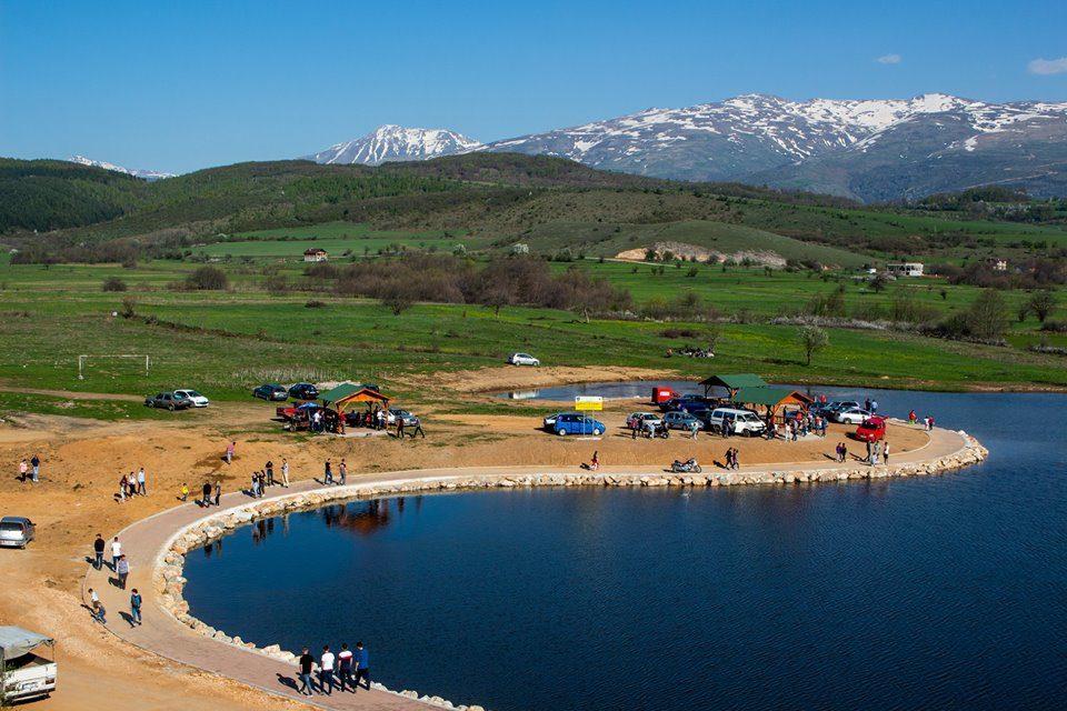 Komuna e Dragashit anulon tenderin për rregullimin dhe pastrimin e Liqenit të Breznës