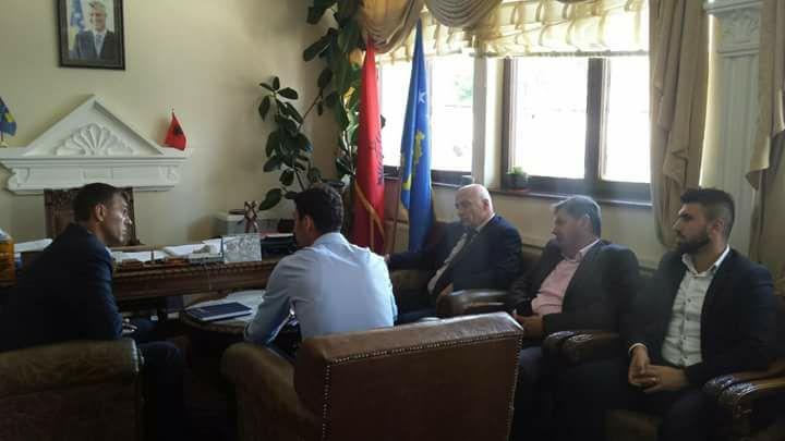 Zv. Ministrin e Kulturës, Rinisë dhe Sportit, z. Rexhep Mazreku viziton Komunën e Dragashit