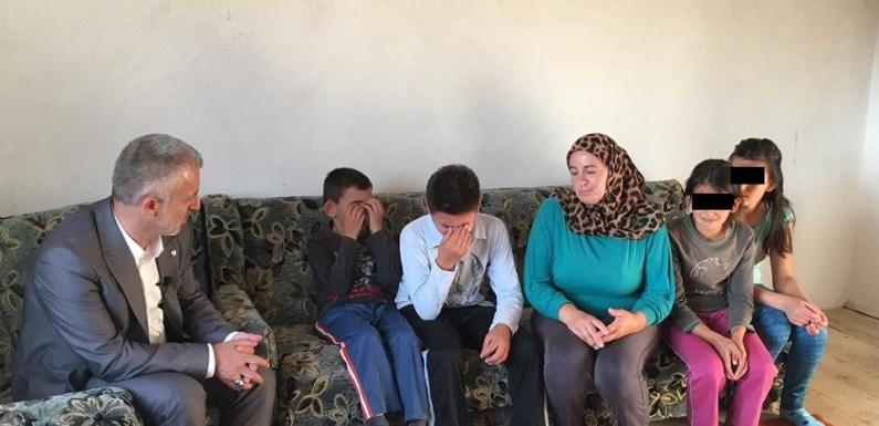 Video emocionuese, Halil Kastrati me shoqatën e tij u ndërton shtëpinë 4 jetimëve nga Pllajniku