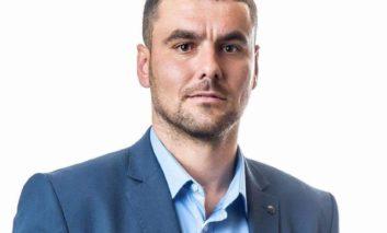 Krasniqi i VV-së së Dragashit reagon ndaj shkrimit të Opoja.net: Ashtu siç ju befasuam me zgjedhjet, do t'ju befasojmë edhe me gratë