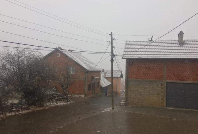 Bie bora e parë për këtë sezon në Opojë