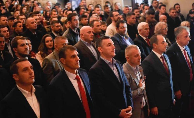 """Prizren dhe Dragash, 28 Nëntori u festua ndryshe: """"Jetimat e Ballkanit"""", dhuruan 28 shtëpi për familjet në nevojë (Video)"""