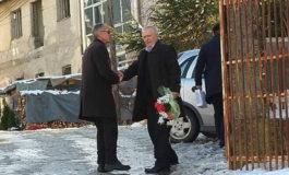 """Për pesë dekada nga shkolla e mesme """"Ruzhdi Berisha"""" në Dragash dolën shumë kuadro të profileve të ndryshme"""