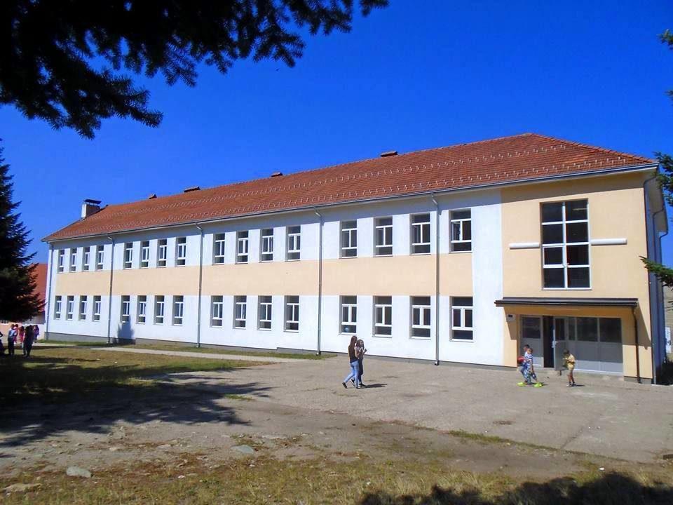 Merret vendimi: Shkollat hapen më 14 shtator