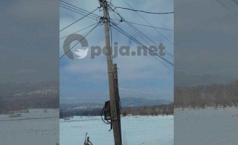 Rreziku nga shtylla elektrike në fshatin Kosavë të Dragashit