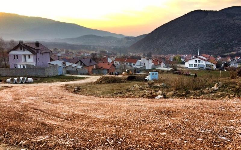 Në Blaç do të fillojë rregullimi i rrjetit të ujësjellësit dhe kanalizimit