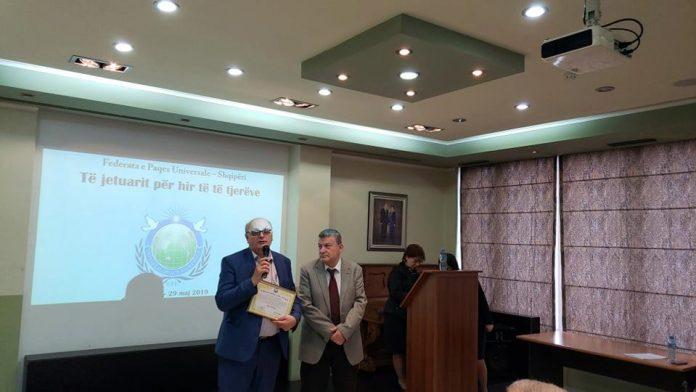"""Bedri Halimi merr titullin """"Ambasador për Paqe"""" nga FPU"""