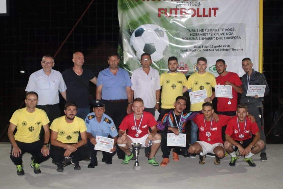 """Komuna e Dragashit në bashkëpunim me """"KF Opoja"""" organizon turnirin """"Ta afrojmë Diasporën përmes futbollit"""""""