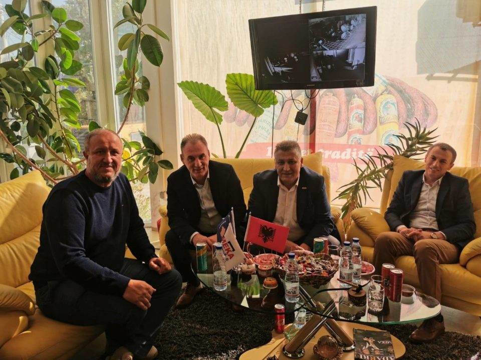 Limaj në Dragash: Prioritet imi fuqizimi i prodhuesve të vendit
