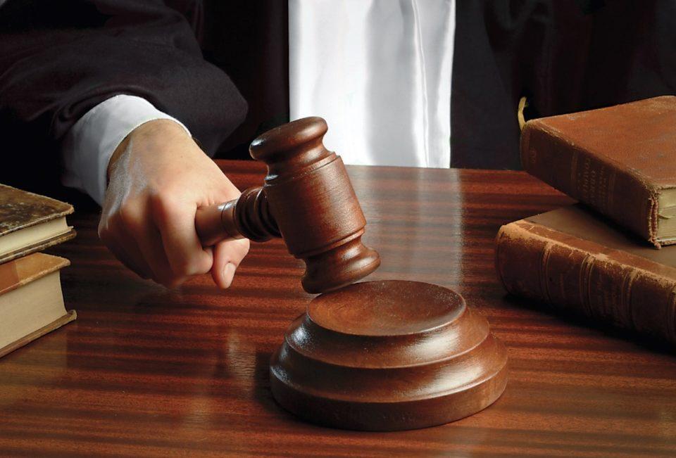"""""""Avullimi"""" i 2.1 milionë eurove nga Thesari i Shtetit, gjykata ia vazhdon edhe për dy muaj paraburgimin Labinot Grudës"""