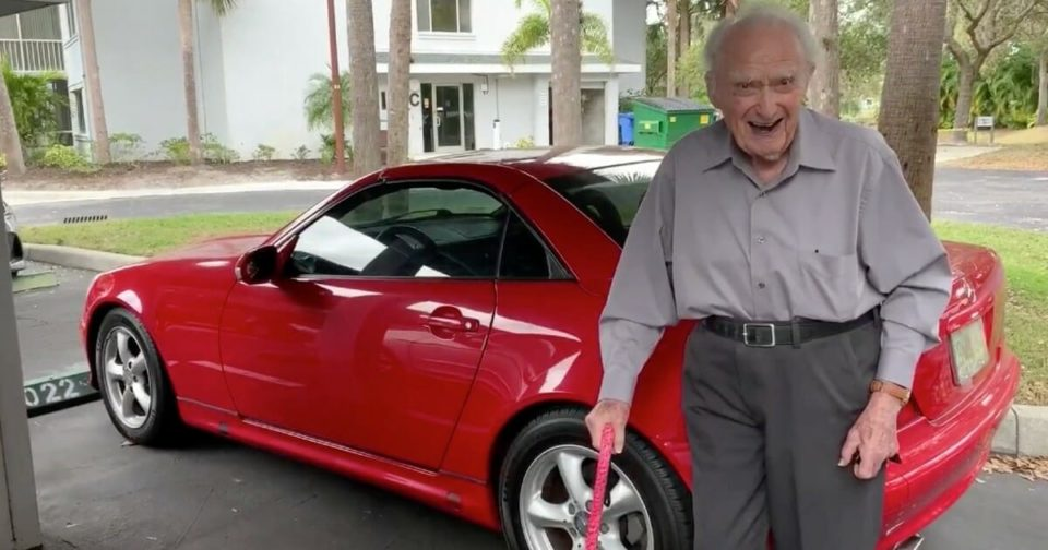 107-year-old is living his best life in Florida with his sporty red car and fiancée