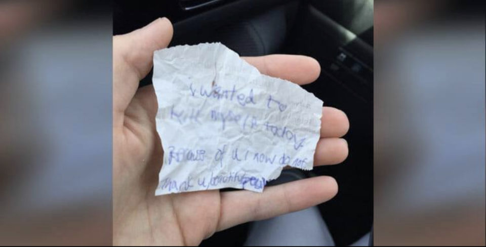 Homeless man gives heart-wrenching note to young mom who bought him coffee