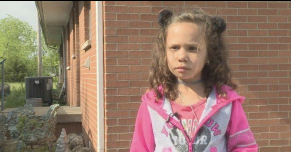 Embarrassed kindergartener forced to return hot meal after cafeteria worker sees her lunch account balance