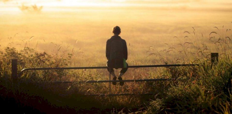 Vështirësia nëpër të cilën kalon është sprovë apo dënim?