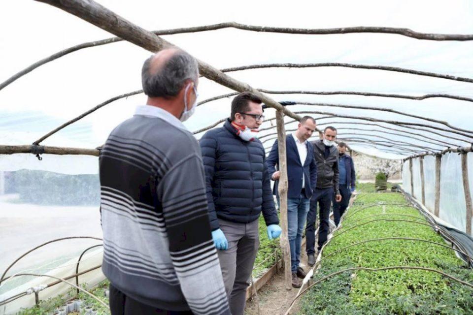 Mustafa: Fermerët e Kamenicës do ta kenë përkrahjen tonë