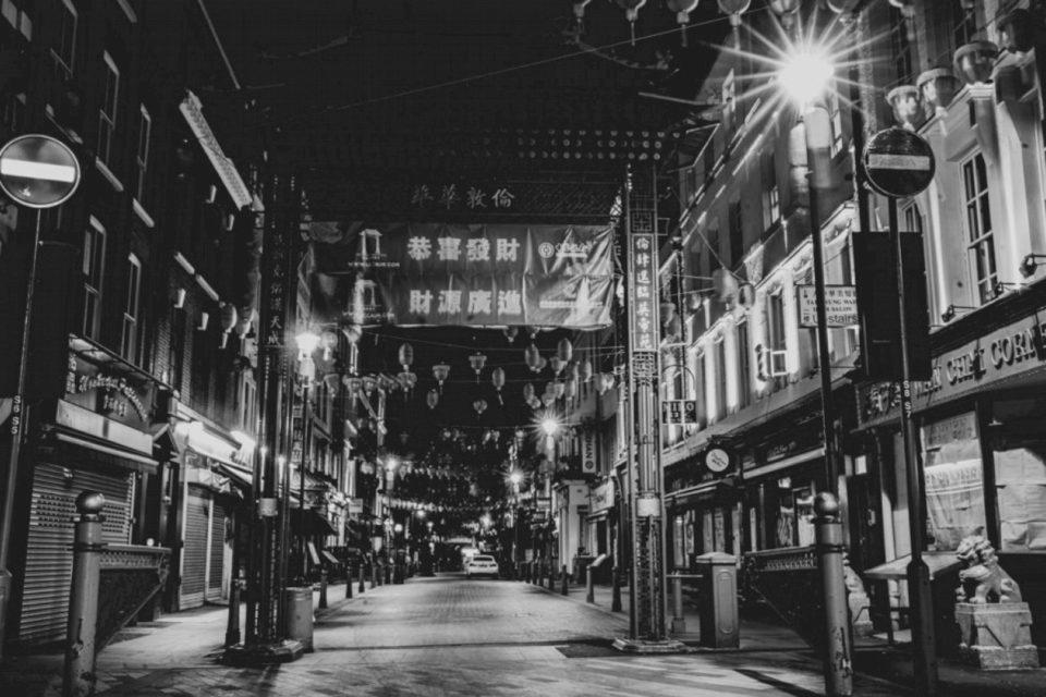 Fotografi të rrugëve të boshatisura të Londrës qëndrore gjatë izolimit