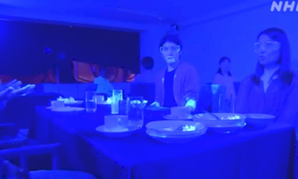 Video virale, sa shpejt mund të përhapet koronavirusi në një restorant
